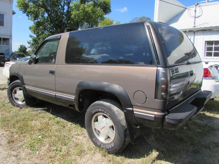 1992 GMC Yukon Rear Left