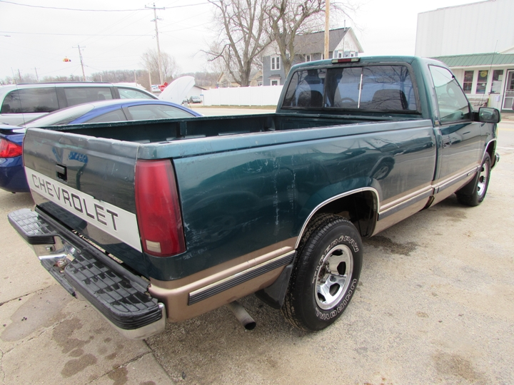 1996 Chevy C1500 Rear Right