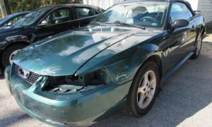 2001 Ford Mustang Front Left