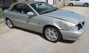 2004 Volvo C70 LPT Front Right