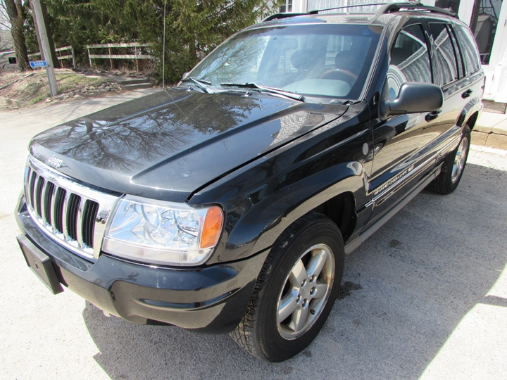 2004 Jeep Grand Cherokee Overland Front Left