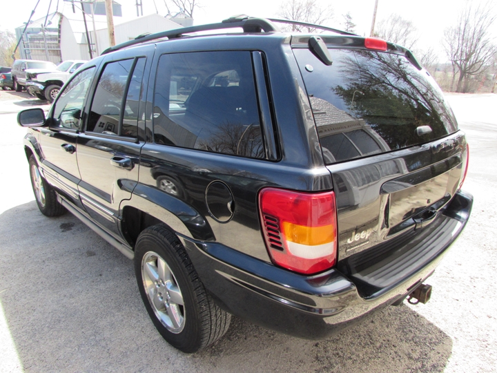 2004 Jeep Grand Cherokee Overland Rear Left