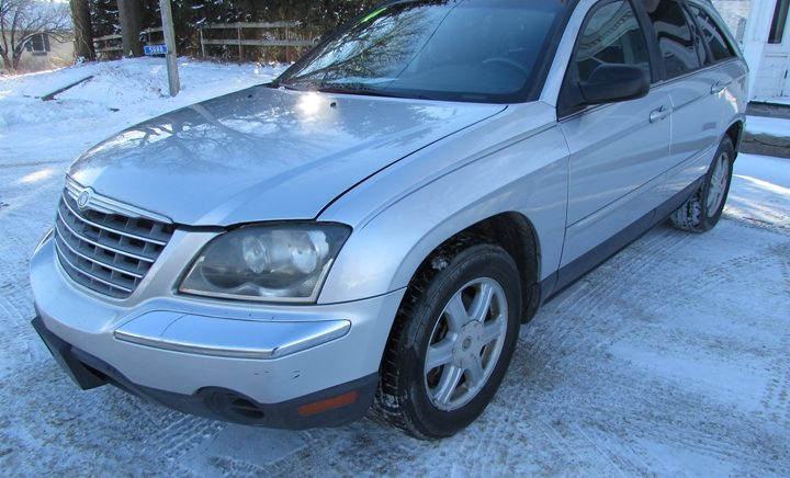 2004 Chrysler Pacifica Front Left
