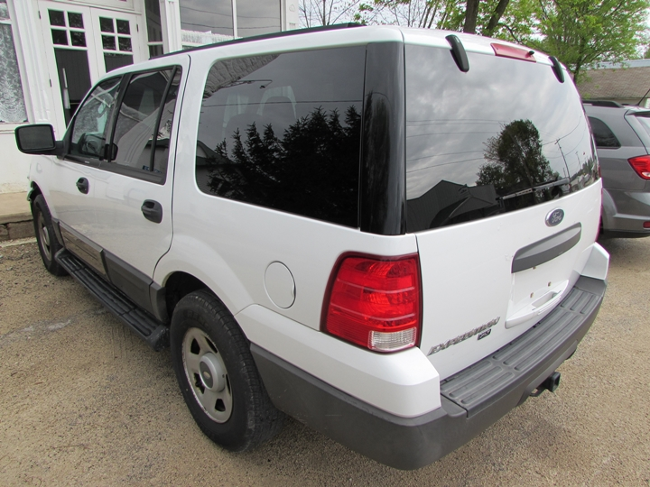 2004 Ford Expedition XLT Rear Left