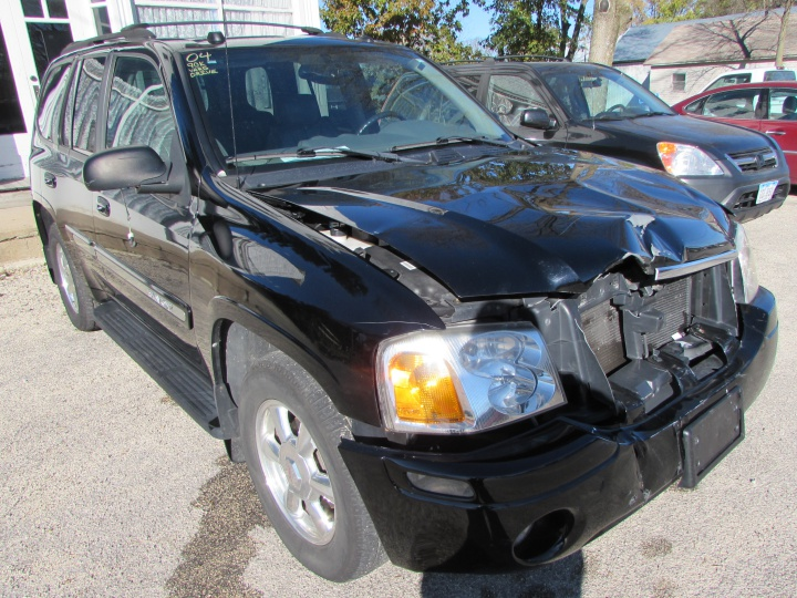2004 GMC Envoy Front Right