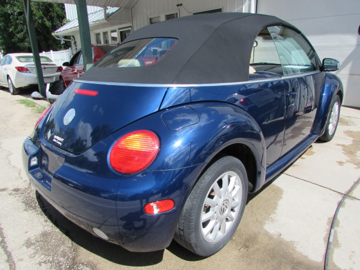 2005 VW New Beetle GLS Rear Right
