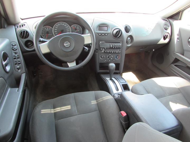 2005 Pontiac Grand Prix Interior