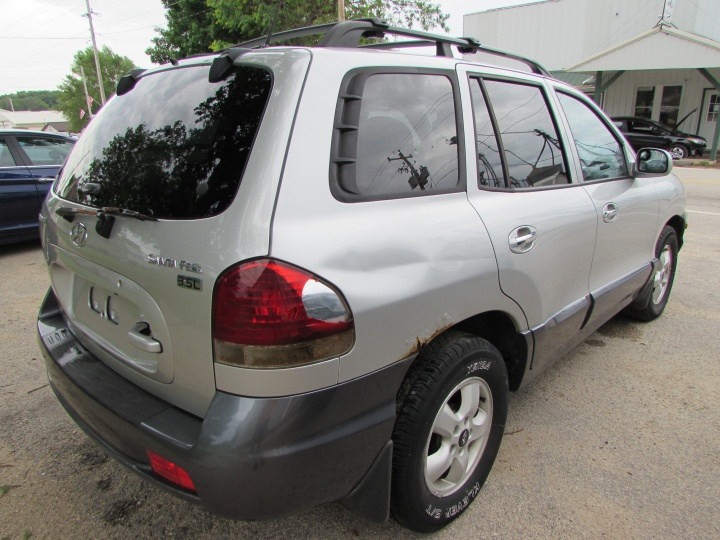 2005 Hyundai Santa Fe GLS Rear Right