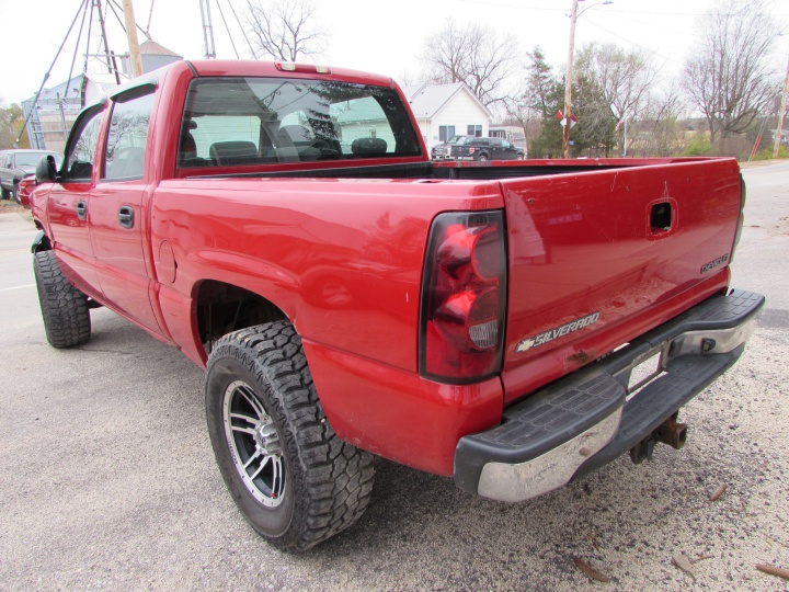 2005 Chevy Silverado K1500 Rear Left
