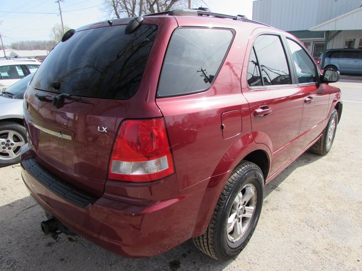 2005 Kia Sorento LX Rear Right