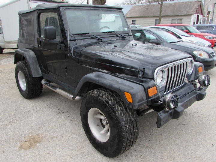 2005 Jeep Wrangler X Front Right