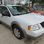 2006 Ford Freestyle SE Front Right