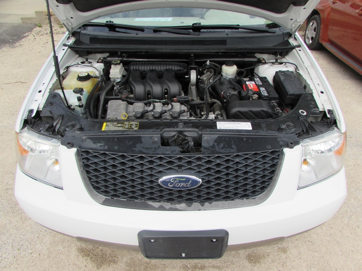 2006 Ford Freestyle SE Motor
