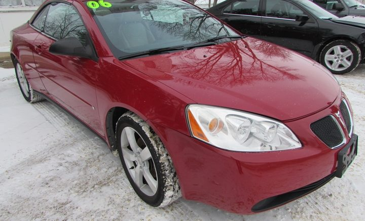 2006 Pontiac G6 GT Front Right