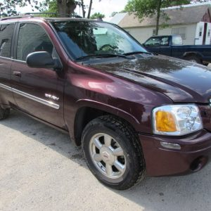 2006 GMC Envoy Front Right