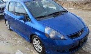 2007 Honda Fit S Front Right
