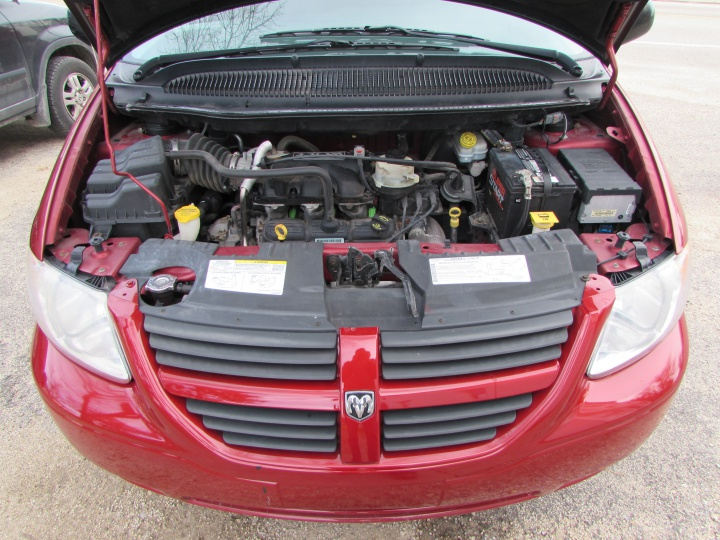 2007 Chrysler Town and Country LX Motor