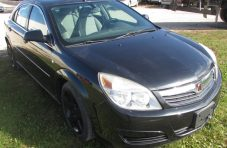 2008 Saturn Aura XE Front Right