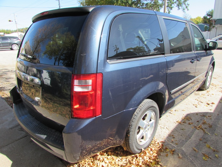 2008 Dodge Grand Caravan SXT Rear Right