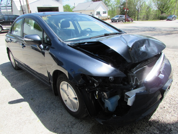 2008 Honda Civic Hybrid Front Right