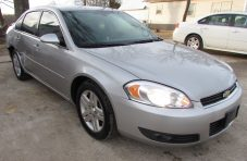 2008 Chevrolet Impala LT Front Right