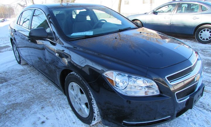 2008 Chevy Malibu LS Front Right