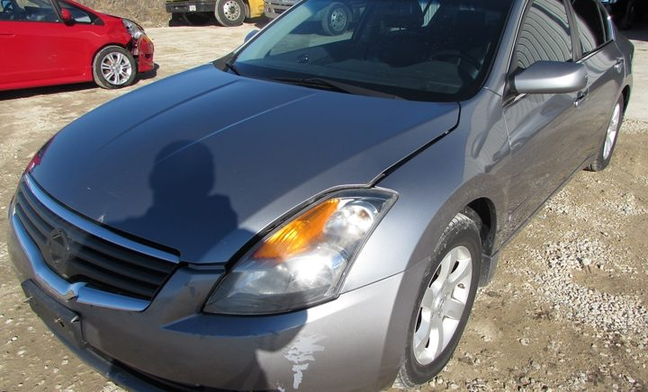 2008 Nissan Altima Front Left