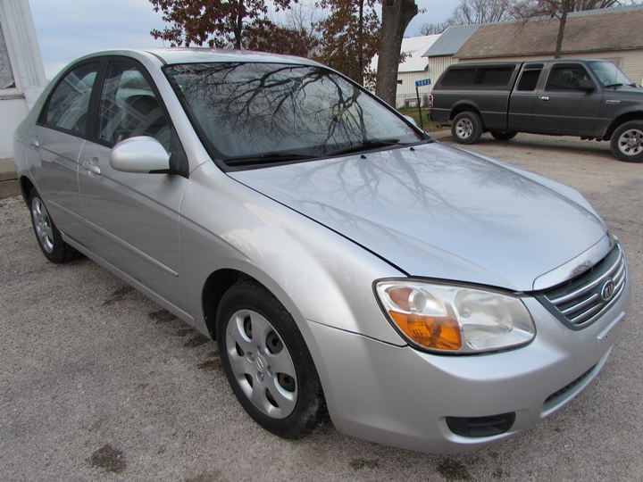 2008 Kia Spectra EX Front Right