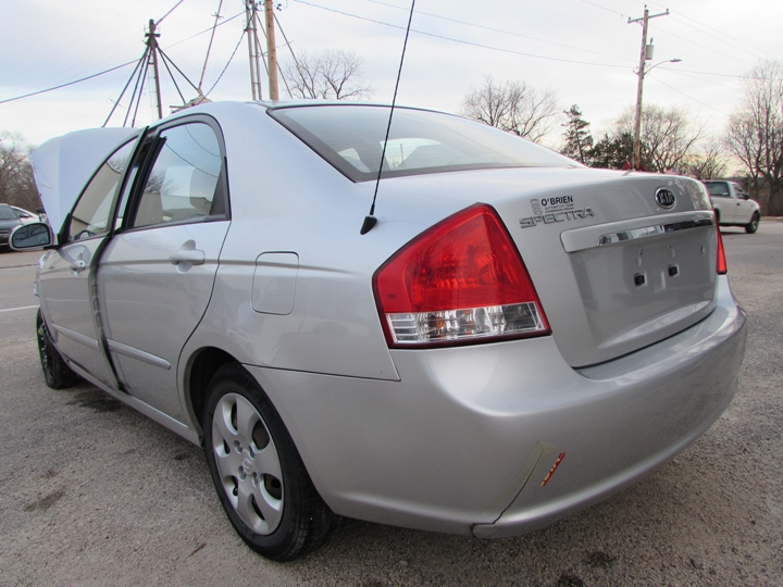 2008 Kia Spectra EX Rear Left