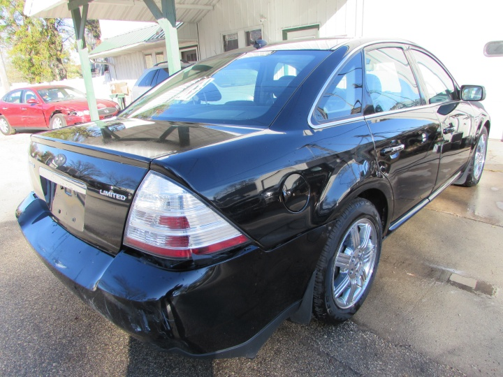 2008 Ford Taurus Limited Rear Right
