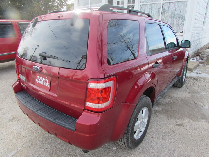 2009 Ford Escape XLT Rear Right