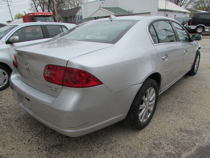 2009 Buick Lucerne CXL Rear Right