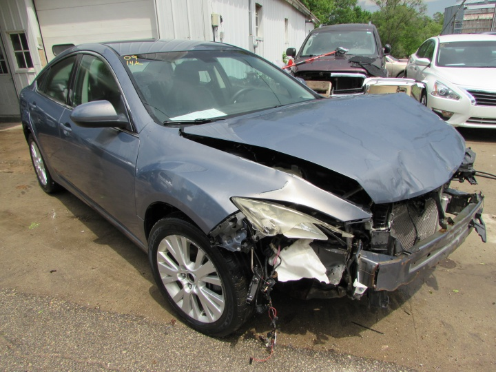 2009 Mazda 6 Front Right