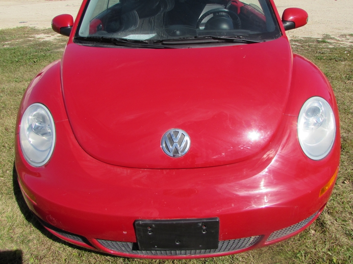 2009 VW New Beetle Front