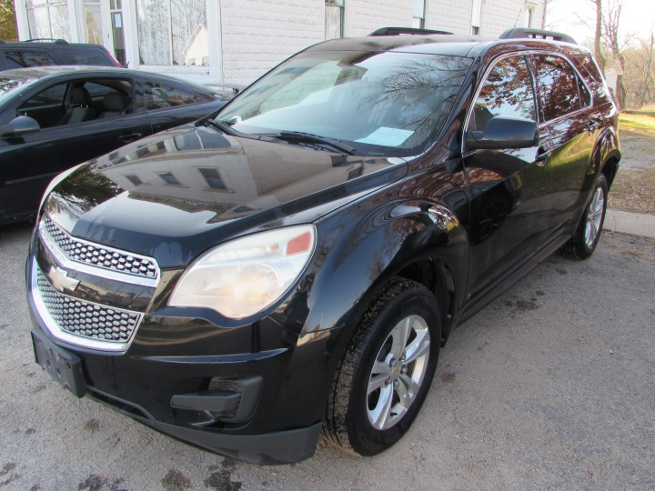 2010 Chevy Equinox LT Front Left