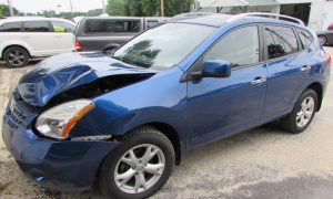 2010 Nissan Rogue Front Left