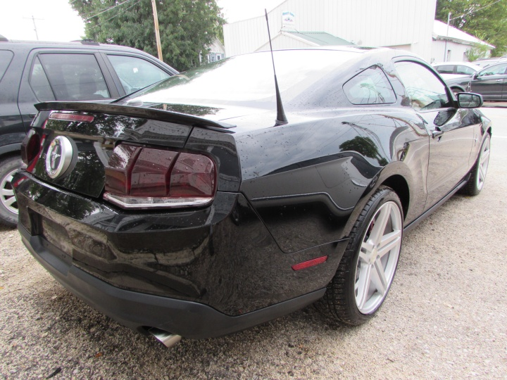 2011 Ford Mustang Rear Right