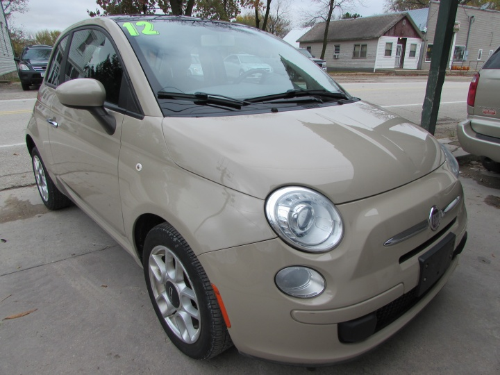 2012 Fiat 500 POP Front Right