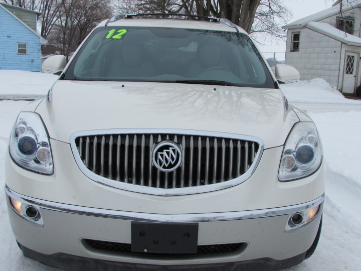 2012 Buick Enclave Front