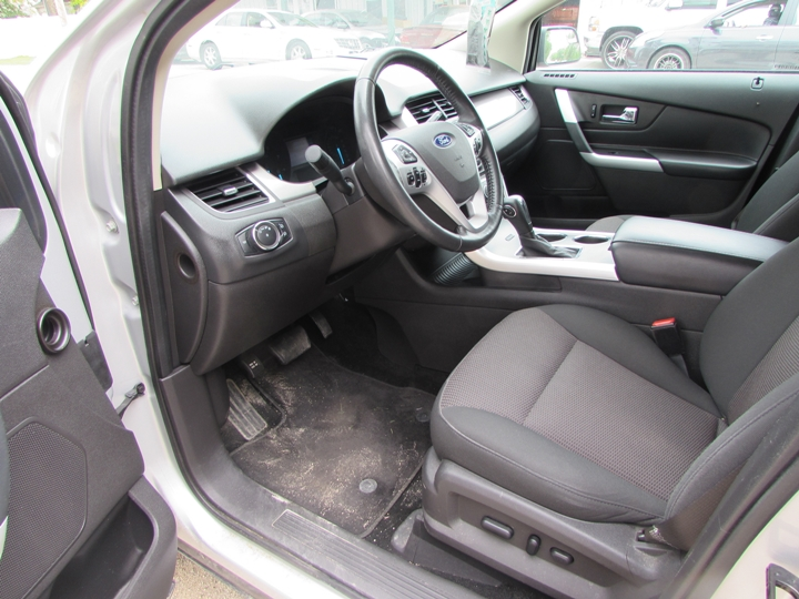 2012 Ford Edge SEL Interior