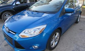 2012 Ford Focus SE Front Left