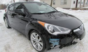 2012 Hyundai Veloster Front Right