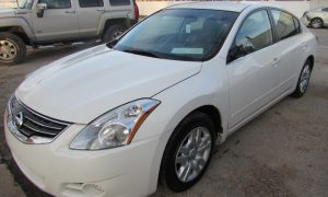 2012 Nissan Altima Front Left