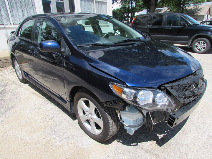 2012 Toyota Corolla Front Right