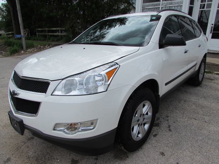2012 Chevy Traverse LS Front Left