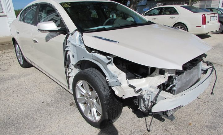 2013 Buick LaCrosse Front Right