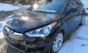 2013 Hyundai Veloster Front Left