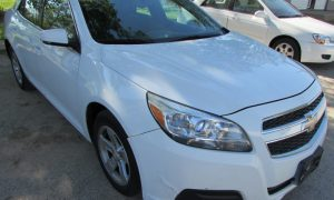 2013 Chevy Malibu 1LT Front Right