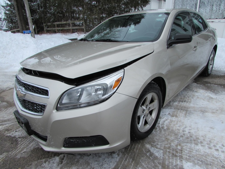 2013 Chevy Malibu LS Front Left