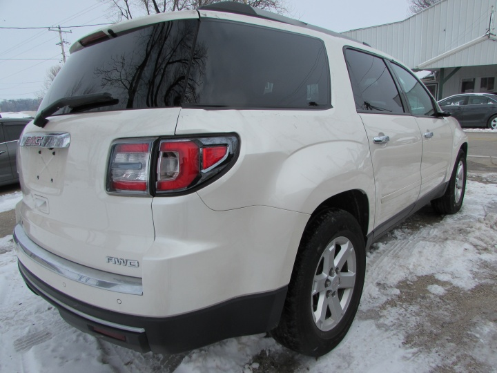 2014 GMC Acadia SLE Rear Right